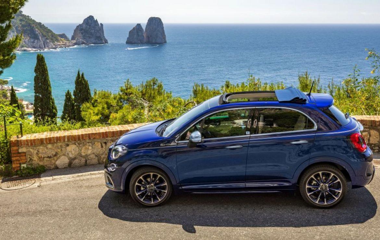 """""""Welcome back Dolce Vita"""" – Fiat 500X YACHTING als Open Air Version mit Soft-Top Marktstart mit der exklusiven Sonderserie """"Yacht Club Capri"""" für 500X und 500C"""